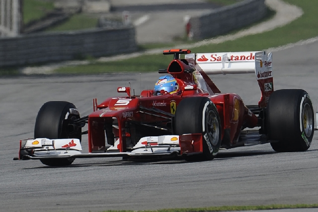Fernando-Alonso-car