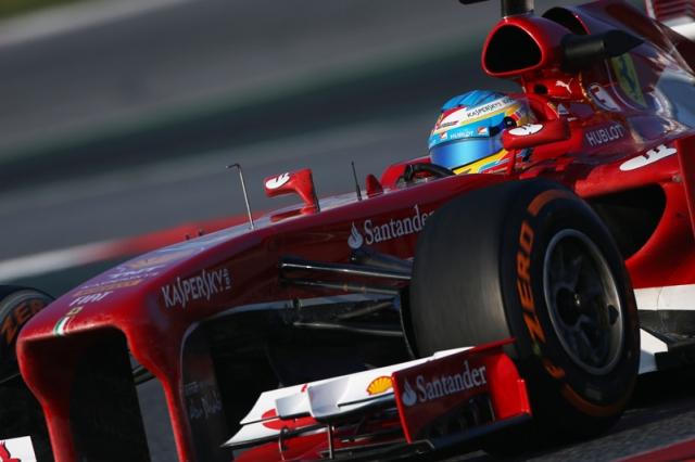 Fernando-Alonso-car-2