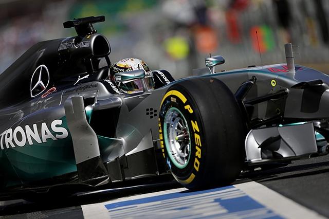 Lewis-Hamilton-3